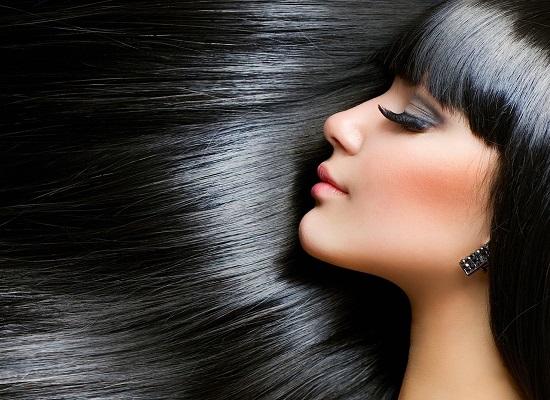 Uống nước khi bụng đói tăng sự chắc khỏe, làm bóng và mềm tóc