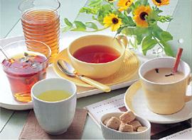 Pha trà bằng nước ion kiềm cho hương vị tuyệt vời