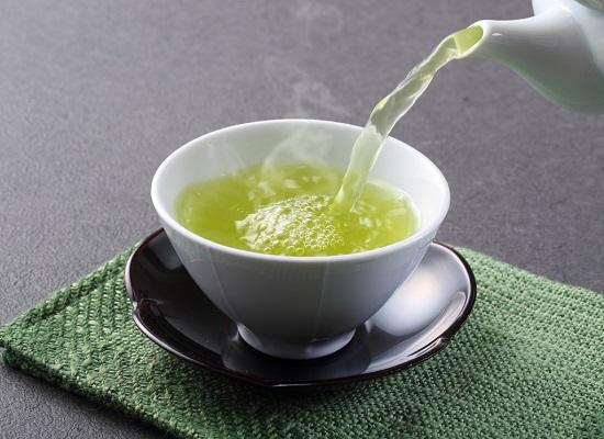 Những người thường xuyên uống trà xanh có răng lợi khỏe hơn