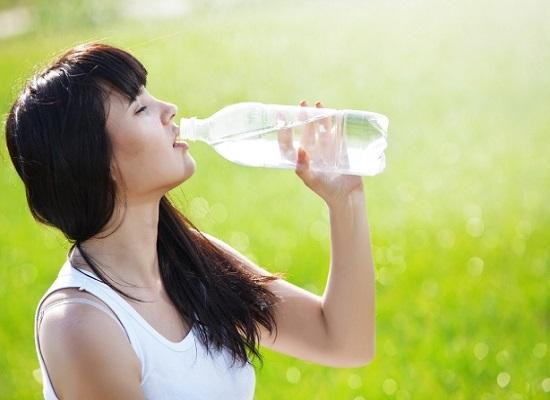 Nước ion kiềm thúc đẩy quá trình giữ nước cho cơ thể