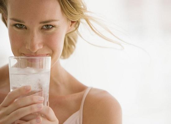 Nước làm sáng và bảo vệ làn da