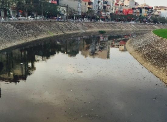 Nguồn nước bề mặt bị ô nhiễm nghiêm trọng