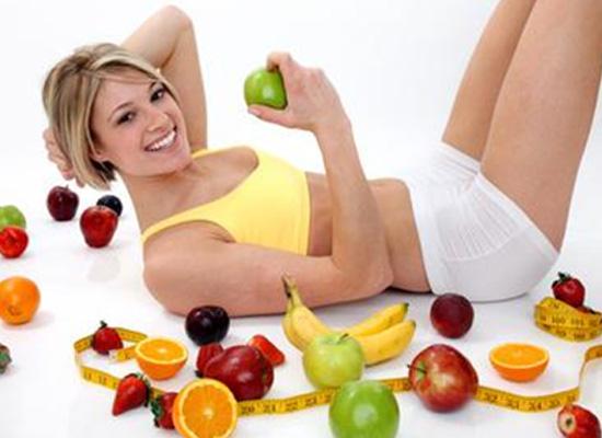 Chế độ ăn uống hợp lý và luyện tập thể thao sẽ giúp giảm cân nhanh chóng