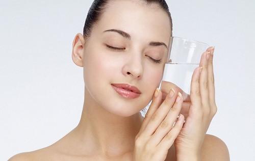 Nước ion kiềm giàu hydro làm giảm quá trình lão hóa