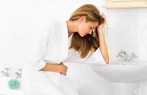 Uống nước ngải cứu không hợp có thể gây ra tác dụng phụ