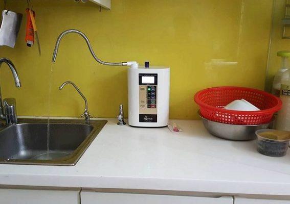 Máy tạo nước điện giải