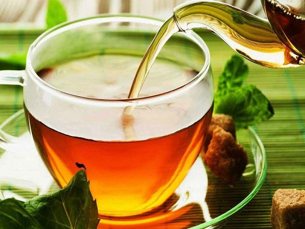 Lưu ý khi uống trà Atiso