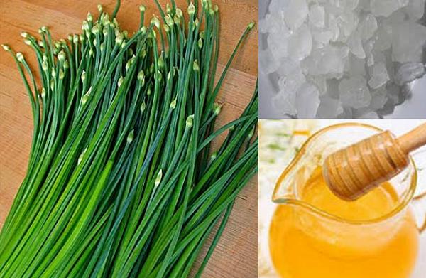Lá hẹ hấp mật ong hoặc đường phèn là bài thuốc chữa ho cho trẻ em khá hiệu quả
